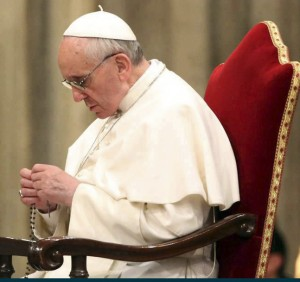 pope_Francis_rosary_NL