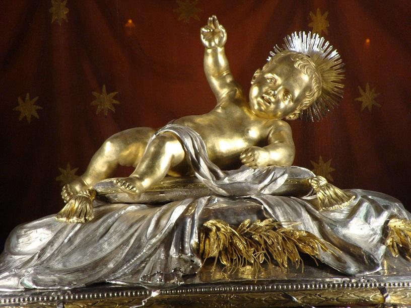 Detagli Reliquie della Culla del Bambino Gesù RED